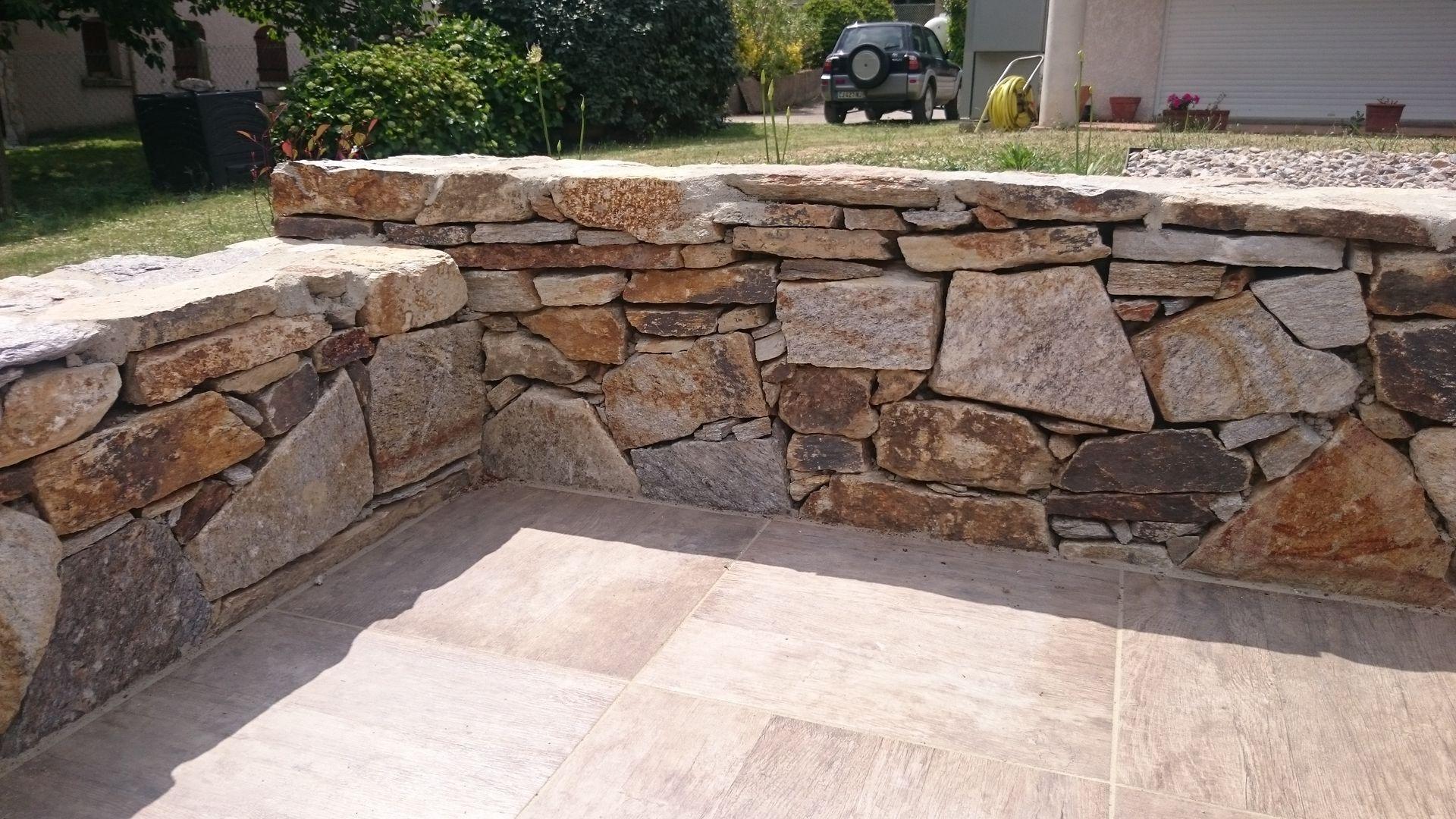 paysagiste bollard muret pierre naturelle